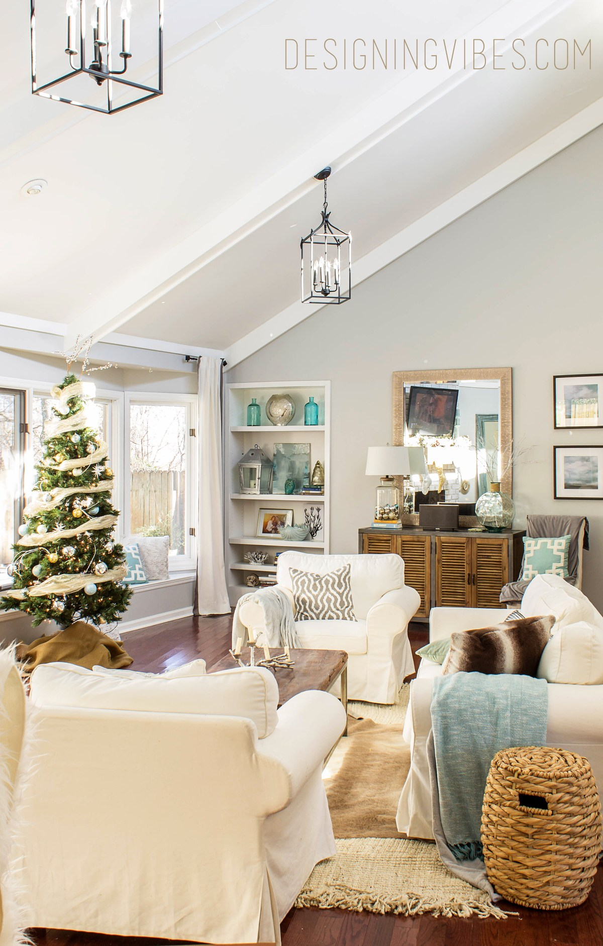 coastal glam christmas decor