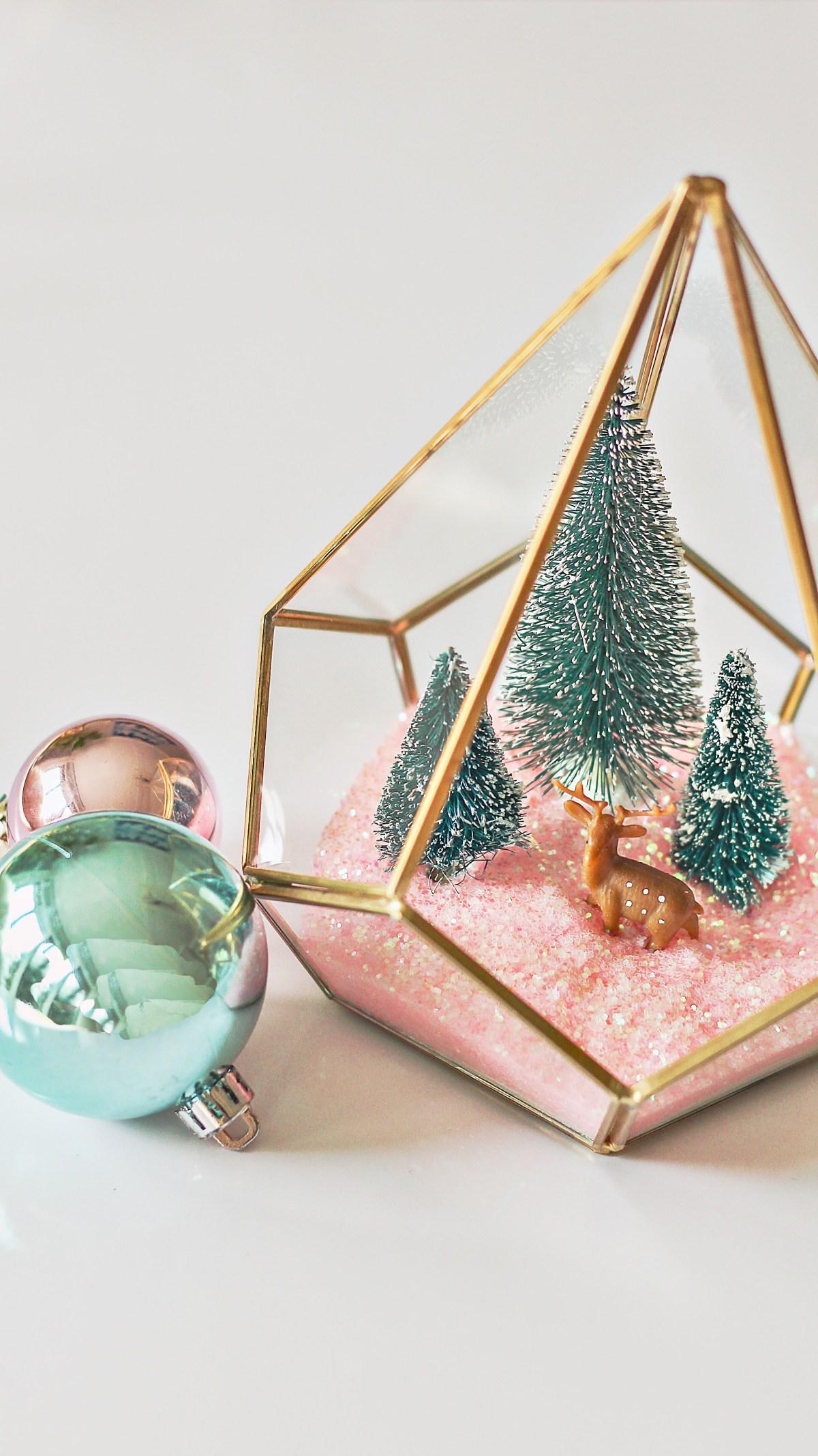 Modern Christmas terrarium diy. Great idea for modern Christmas decor.