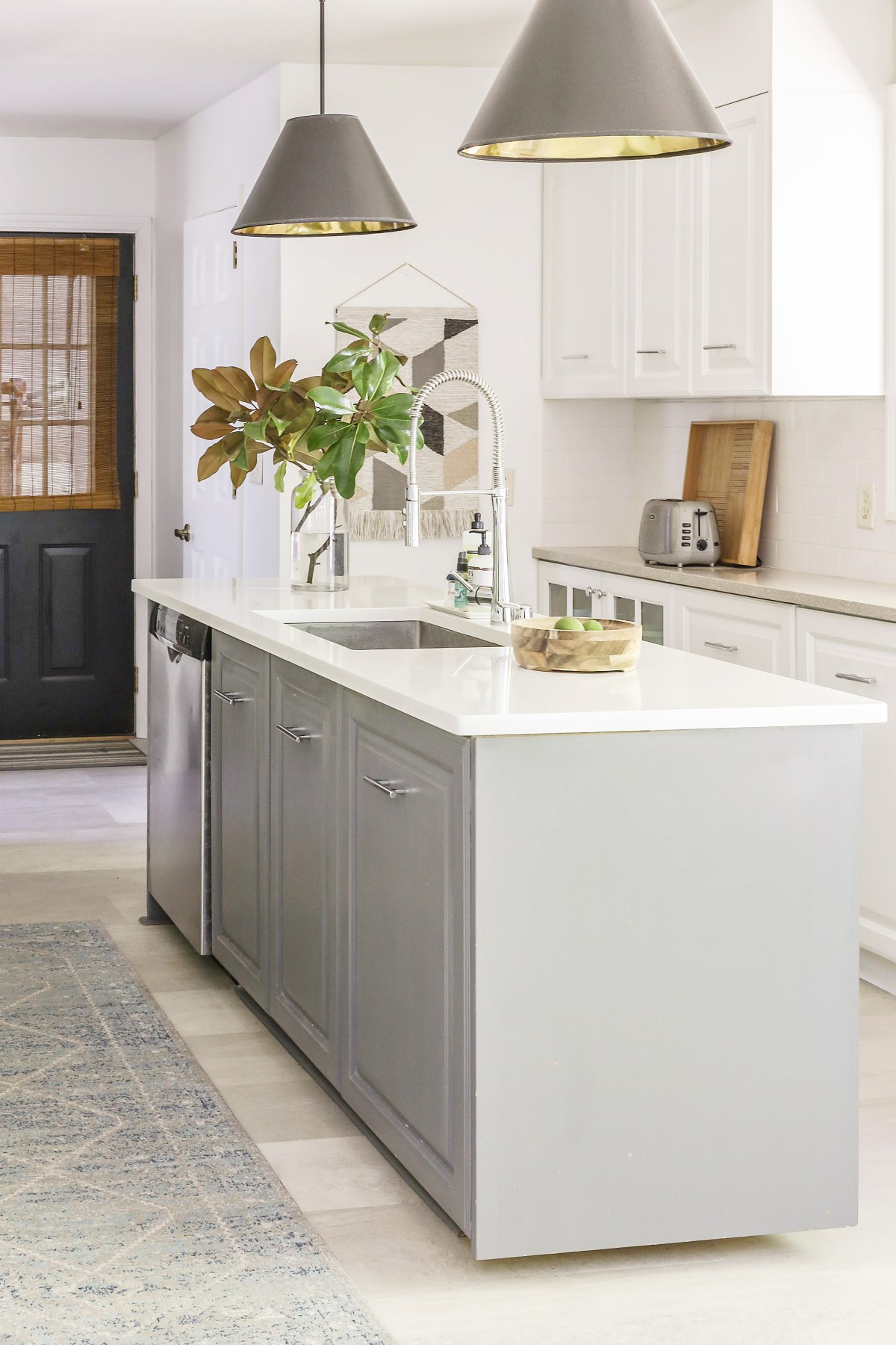 Beginner S Guide Diy Kitchen Remodel On A Budget