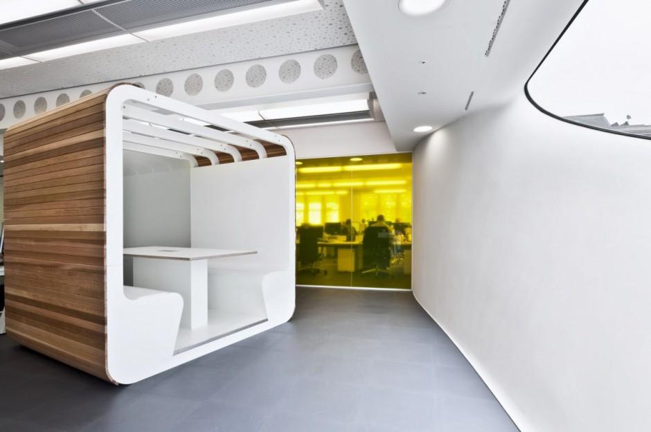 unique office interior design by Essentia Designs  design