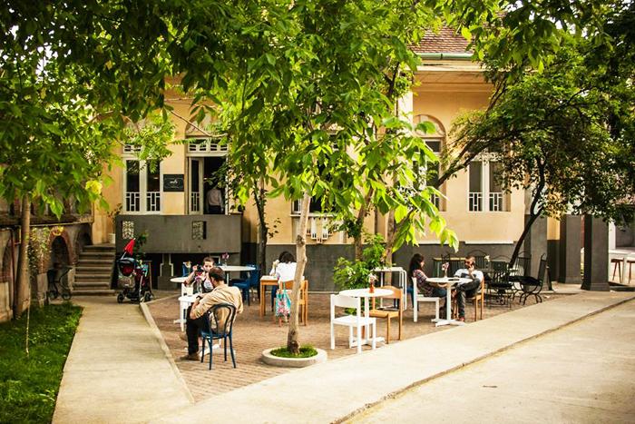 Cele mai designish locuri din Bucuresti cu un ceva a la Milano designist 12 Cele mai designish locuri din București cu un ceva à la Milano