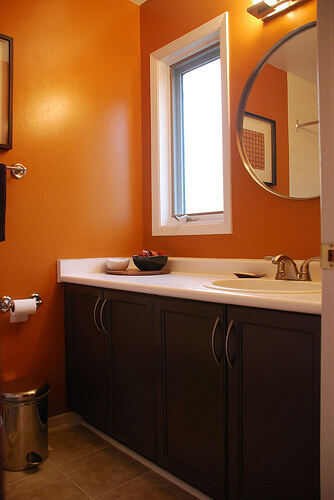 20 great ideas paint models for your bathroom interior for Bathroom ideas orange