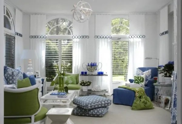 blue-and-green-accents-living-room