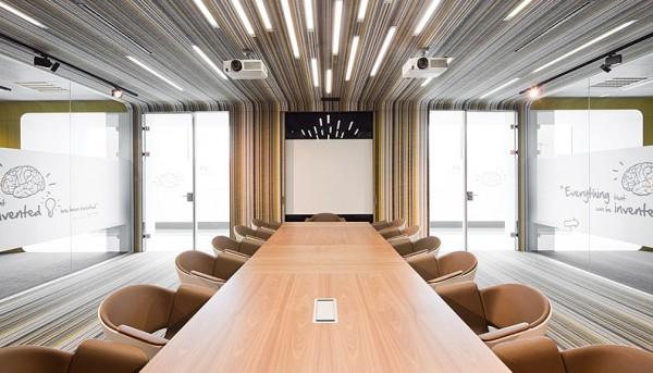 modern-conference-room