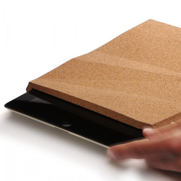 Faceted-iPad-cork-case-by-Pomm