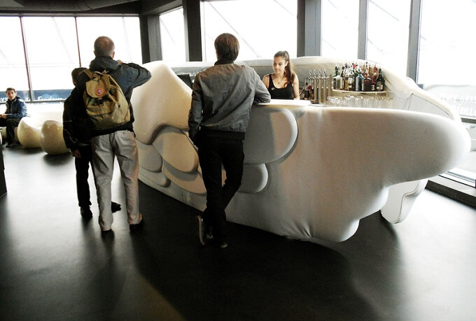 The-Nest-bar-in-Nantes