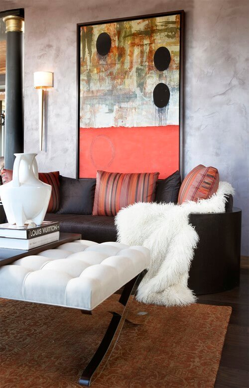 Eclectic-living-room-with-abstract-art
