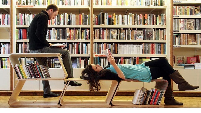 Wooden-chair-in-library