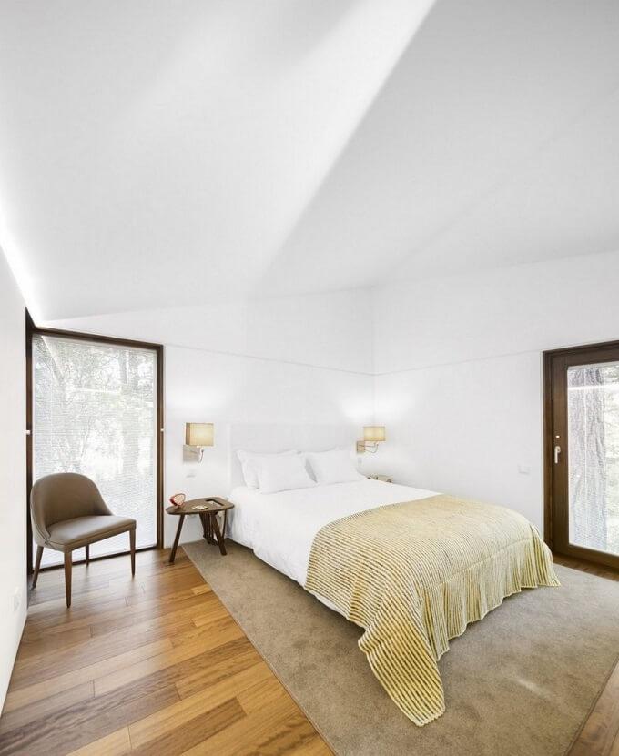 Woodland-retreat-interior