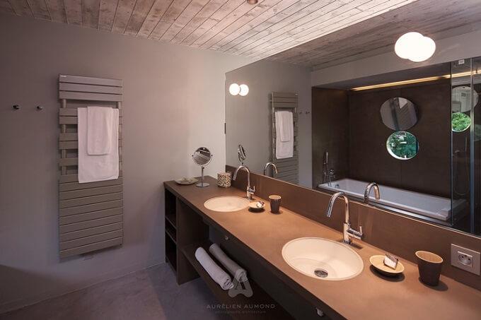 Large-bathroom-design