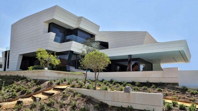 Amazing-architecture-for-a-house