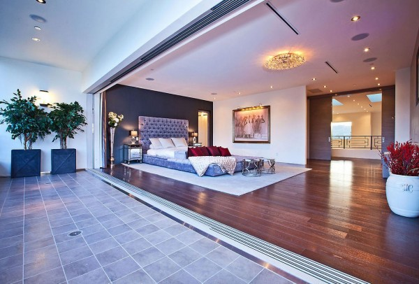 Luxurious-Master-Bedroom