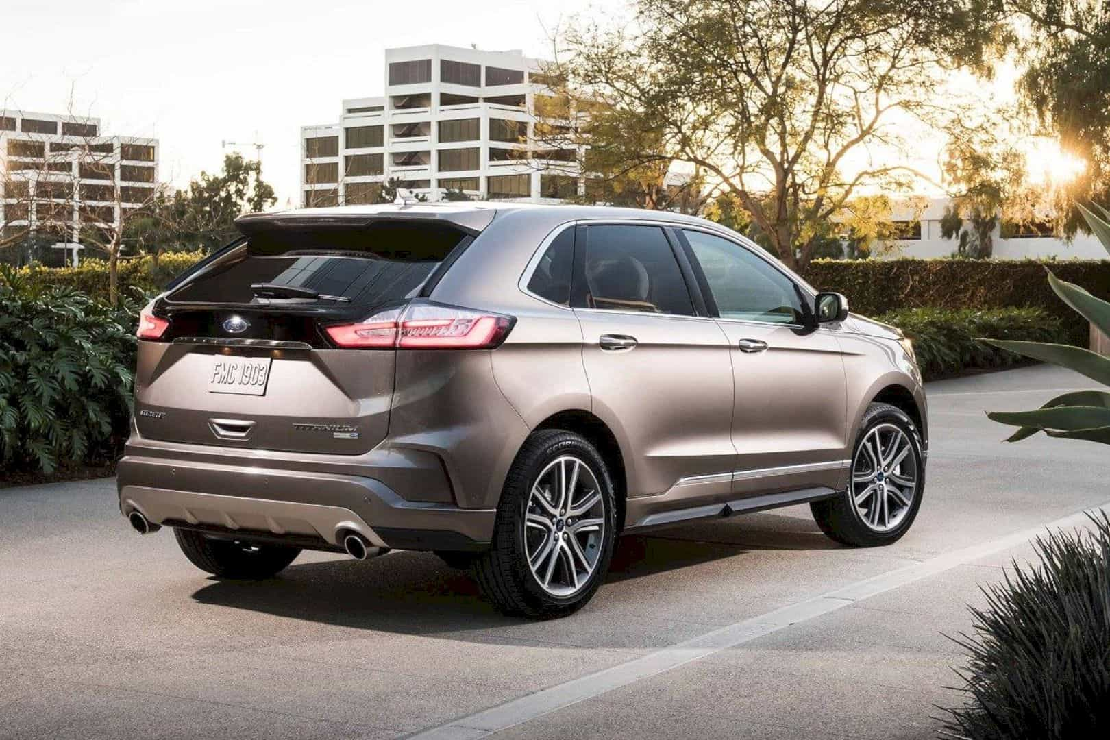 The Latest 2019 Ford Edge  Smart New Look + Smart New