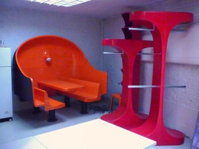 Design Luminy P1060553 Plasticarium - Adam Museum - Bruxelles Histoire du design Références  Plastique Plasticarium Philippe Decelle Bruxelles   Design Marseille Enseignement Luminy Master Licence DNAP+Design DNA+Design DNSEP+Design Beaux-arts