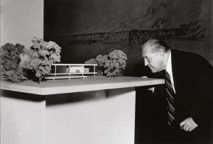 Design Luminy Mies-Farnsworth Ludwig Mies van der Rohe (1886, Aix-la-Chapelle - 1969, Chicago) Histoire du design Références Textes  Mies van der Rohe   Design Marseille Enseignement Luminy Master Licence DNAP+Design DNA+Design DNSEP+Design Beaux-arts