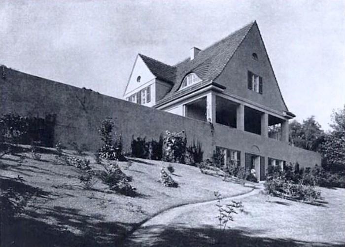Design Luminy Riehl-Haus-1907-Mies-Van-Der-Rohe-800x572 LudwigMies van der Rohe (1886, Aix-la-Chapelle -1969, Chicago) Histoire du design Références Textes  Mies van der Rohe