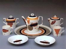 Design Luminy Nikolai-Suetin-vaisselle-suprématiste-1922-1928-3 Nikolai Suetin – Vaisselle suprématiste – 1922/1928 Histoire du design Références  Suprématisme Nikolai Suetin