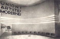 Design Luminy hall-d'entrée-du-premier-salon-de-l'union-des-artistes-modernes L'UAM, entre Luxe et Standard – Arlette Barré-Despond Histoire du design Références Textes  UAM Robert Mallet-Stevens Pierre Chareau