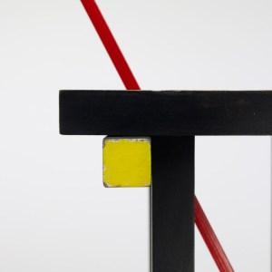 Design Luminy 8513387_3-300x300 Fauteuil rouge et bleu (1923) - Gerrit Rietveld (1888-1964) Histoire du design Icônes Références  red & blue chair Gerrit Rietveld