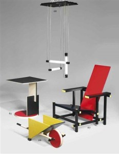 Design Luminy gerrit-rietveld-red-blue-chair-232x300 Fauteuil rouge et bleu (1923) - Gerrit Rietveld (1888-1964) Histoire du design Icônes Références  red & blue chair Gerrit Rietveld