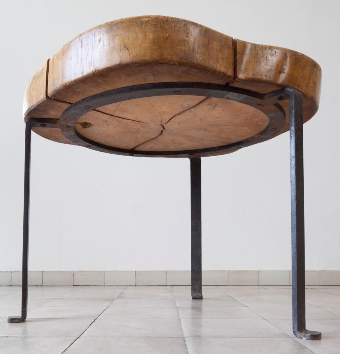 Design Luminy 94129790_3204754036202965_32981165535133696_o Table basse tronc d'arbre – Le Corbusier –1937 Histoire du design Références  Le Corbusier