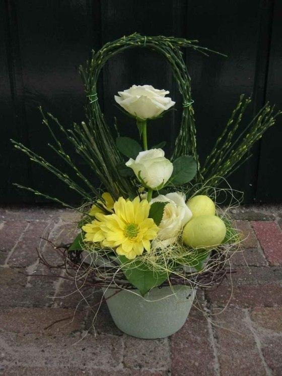 57 ides originales darrangements floraux Pques