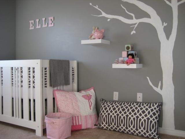 chambre bebe fille en gris et rose 27