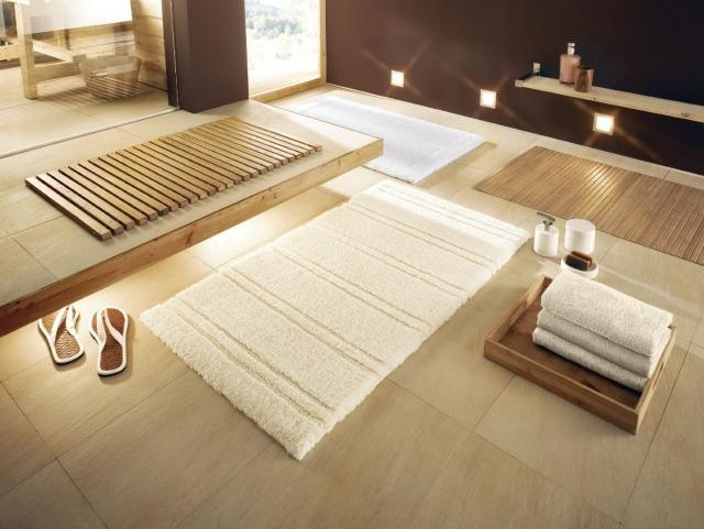 Tapis de salle de bains  un accessoire pratique et esthtique