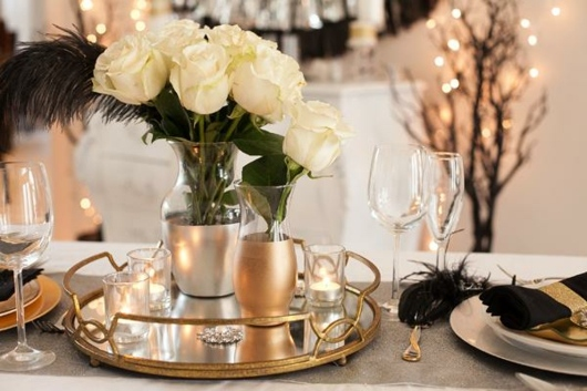 Dcoration nouvel an sophistique en noir et en or