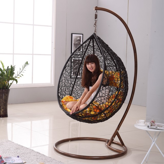 hanging egg chair uk b&q chaises design : 15 suspendues modernes