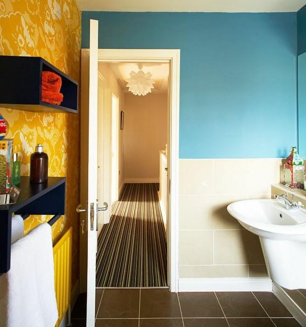 La dco salle de bain avec une touche de bleu