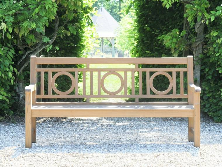 Bancs de jardin pour profiter pleinement des beaux jours