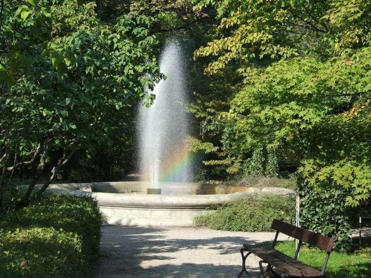 Fontaine de jardin pour une dco extrieure magique