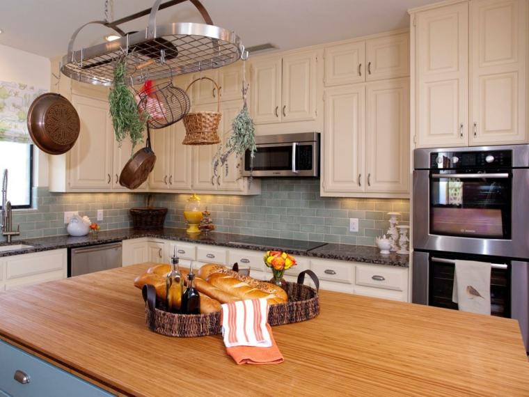 lot central cuisine pour petits et grands espaces
