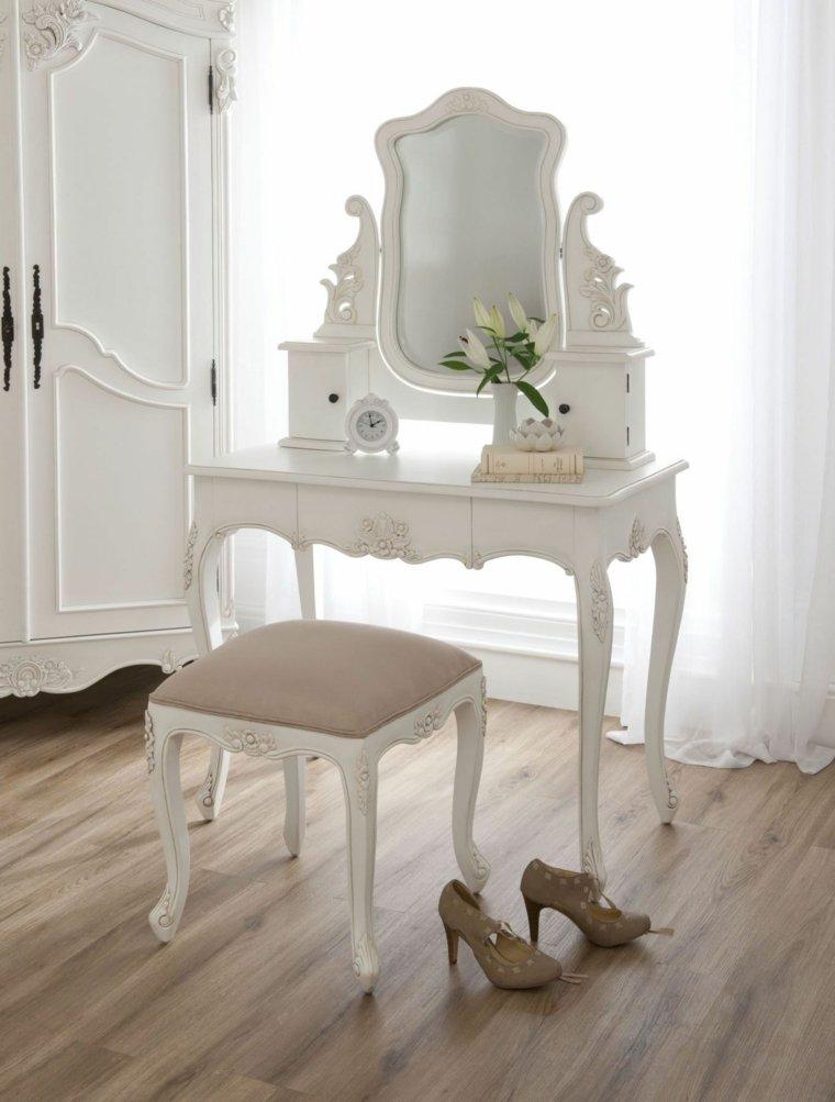 Chambre Style Baroque Luxueuse Et Pleine De Caractre