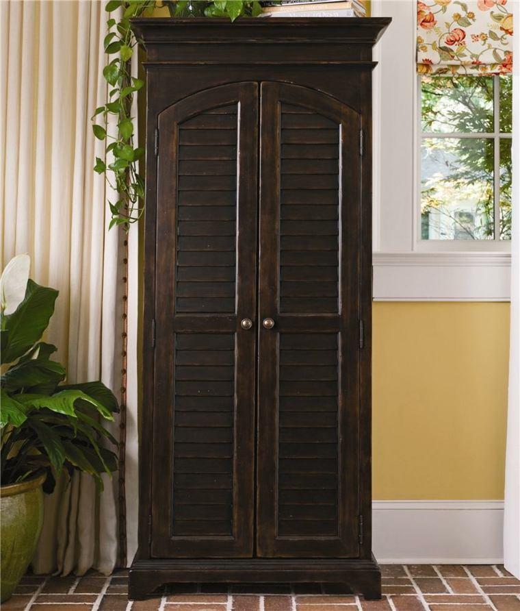 Porte persienne  une dcoration pratique pour votre intrieur