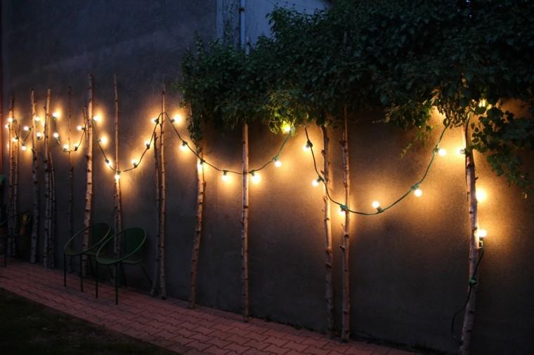 Dcoration de Nol extrieure lumineuse cologique