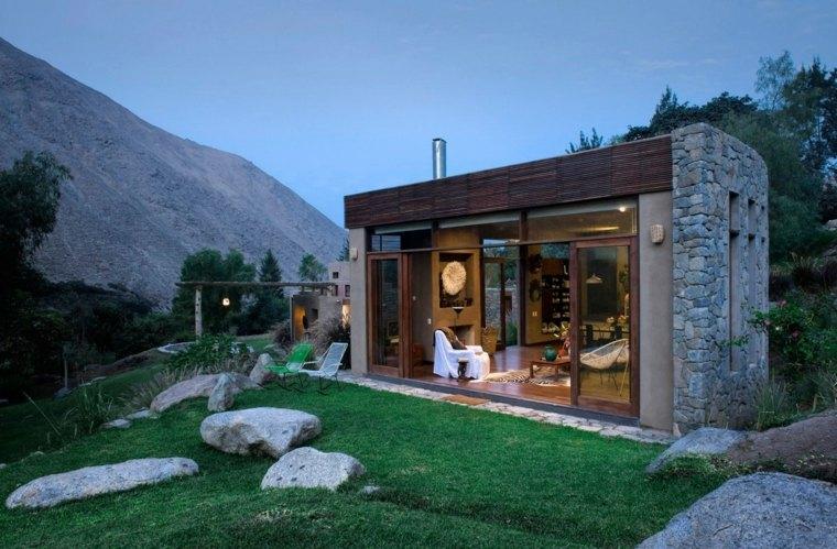 Maison Construite Avec Des Matriaux Verts Au Prou