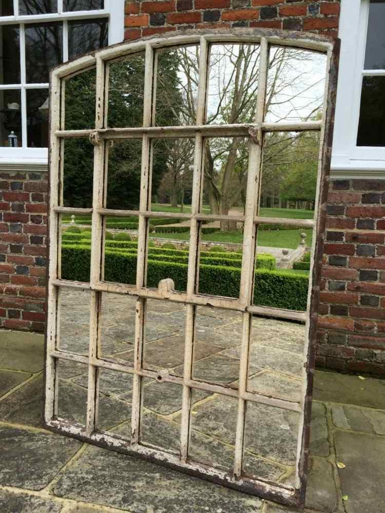 Miroir extrieur pour une dco de jardin extraordinaire