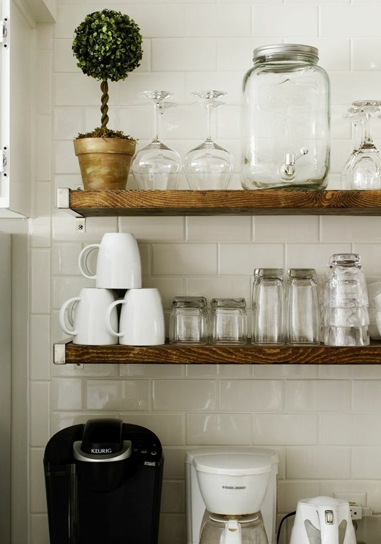 black and white tile kitchen slate appliance package idée décoration cuisine avec rangements ouverts