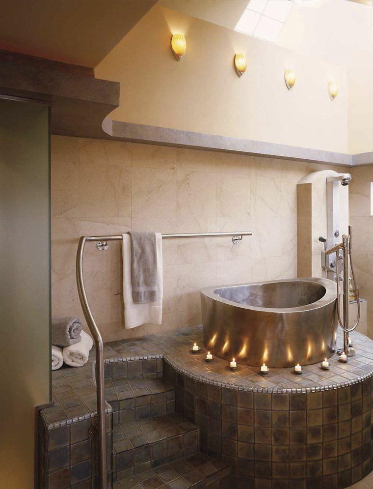 Salle de bain zen avec des couleurs dcoratives