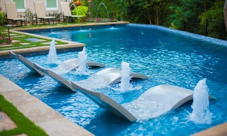 baja beach chairs clayton marcus décoration piscine extérieure pour les journées ensoleillées