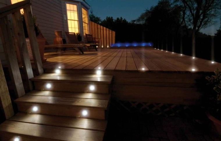 Lumire extrieur pour jardin terrasse et balcon  un jeu dombres