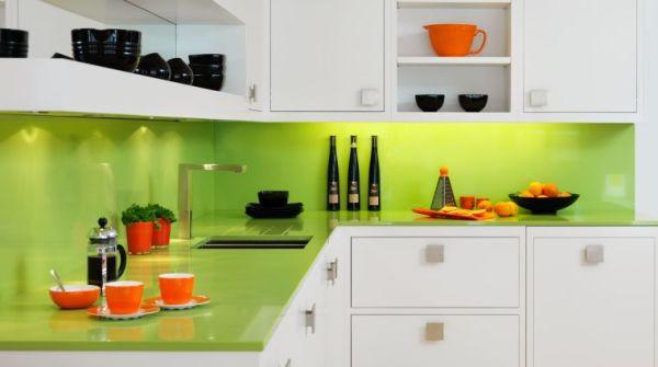 orange and green kitchen decor Crédence cuisine : 49 idées modernes et contemporaines