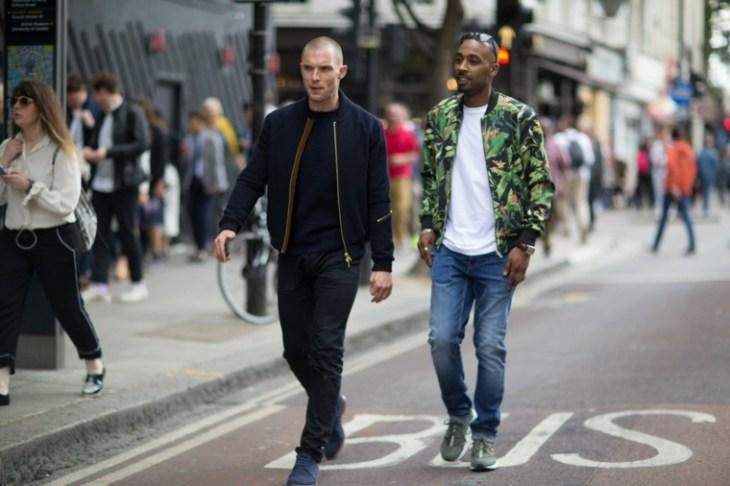 homme mode tendance bomber jacket tendance jeans
