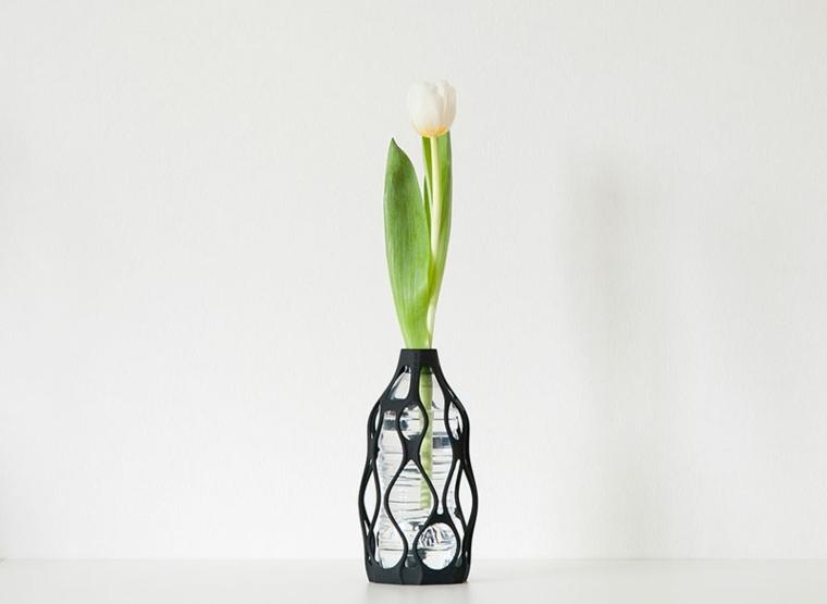 Vases 3D Transforment Les Bouteilles En Plastique En Objet