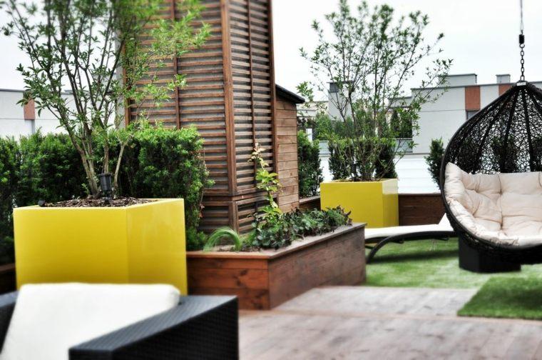 Plante En Pot Pour Deco Terrasse   Moyeu De Roue De ...