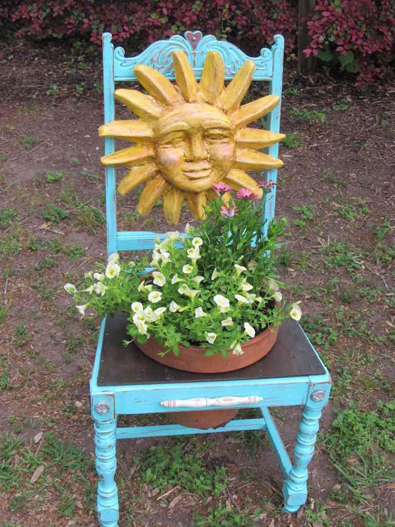 Des objets r cup 39 pour d corer votre jardin moving tahiti for Objets decoratifs de jardin