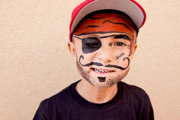 maquillage enfant garon this tutoriel maquillage pirate enfant carnaval les meilleures ides. Black Bedroom Furniture Sets. Home Design Ideas