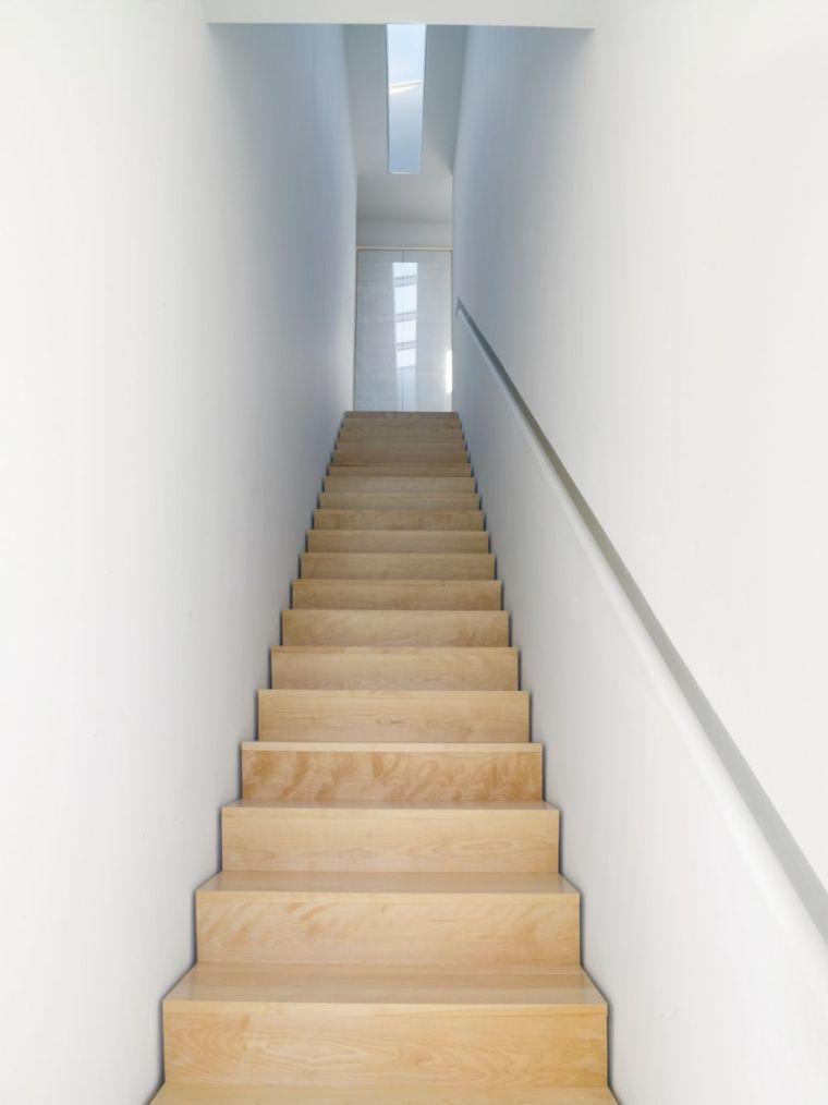 Escalier moderne intrieur  34 ides de dco